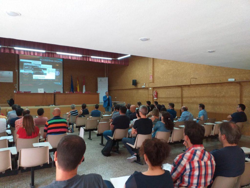Fotos I Encuentro Profesores Familia Profesional Informática y Comunicaciones (13)